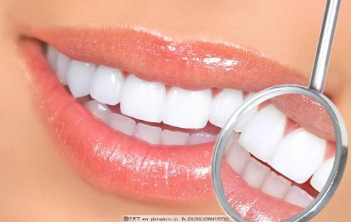 牙齿间的缝隙怎么就变大了呢?